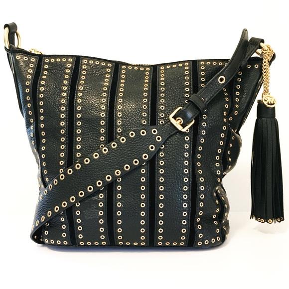9a6e19731355 Michael Kors Bags | Brooklyn Grommet Feed Bag In Black | Poshmark